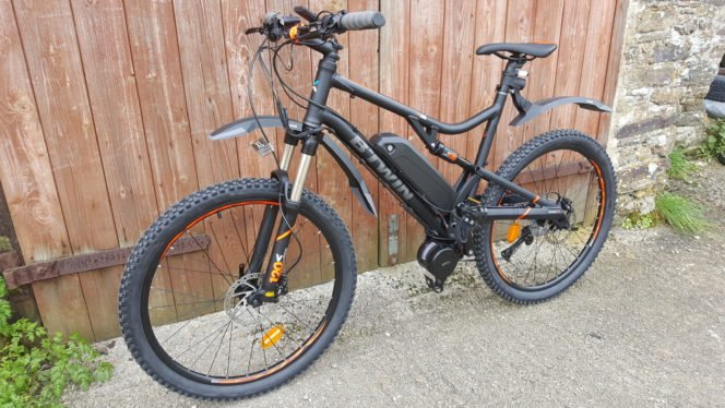 bafang bbs02 750w mid drive motor installed on a full suspension mountain bike